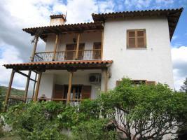 Einfamilienhaus freistehend, unterkellert nahe der Stadt Thessaloniki/Griechenland