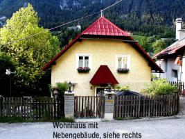 Einfamilienhaus mit gro�em Nebengeb�ude