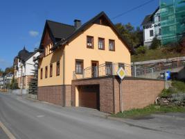 Einfamilienhaus mit großer Terrasse
