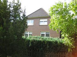 Einfamilienhaus - Ostfriesland, Repräsentatives EFH in Toplage Aurich OT