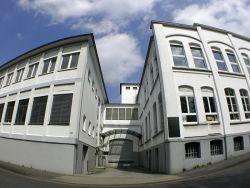 Einmalige Gelegenheit, vielseitig nutzbar - Bürogebäude/Gewerbeflächen mit Lager in Solingen zu verkaufen