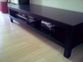 Eleganter Ikea TV Tisch, neuwertig