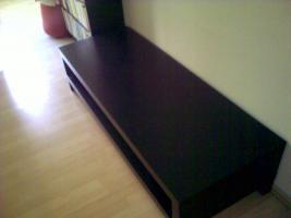 Foto 2 Eleganter Ikea TV Tisch, neuwertig