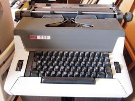 Elektrische Büroschreibmaschine Daro 202