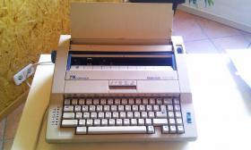 Elektrische Schreibmaschine Triumph-Adler Gabriele 100