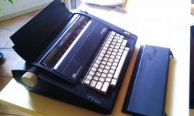 Foto 3 Elektrische Schreibmaschine Triumph-Adler Gabriele Cyclo