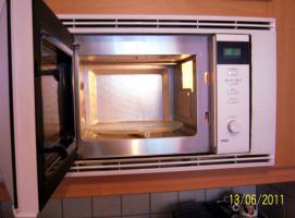 Foto 2 Elektronische Mikrtowelle mit Infrarot-Grill von Sharp Preis verhandelbar