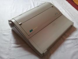 Foto 2 Elektronische Schreibmaschine Optima SP20 mit originalen Farb- und Korrekturbänder neuwertig