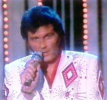 Foto 8 Elvis Live Show - Leo Bischof | Deutschlands bester Elvis Imitator, Tribute Artist, Interpret, Impersonator, Darsteller, Doppelg�nger, S�nger der Spitzenklasse