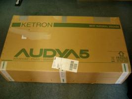 Foto 2 Entertainer Keyboard der Marke Ketron Audya 5 mit 61 Tasten