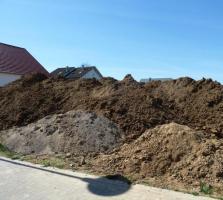 Foto 3 Erdaushub für Garten, Hausbau oder Auffüllen zu verschenken!
