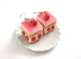 Erdbeer Törtchen Ohrringe