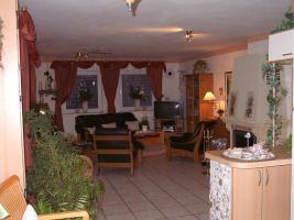 Foto 11 Erdgescho�wohnung in ruhigem Dreifamilienhaus mit eigenem Garten!