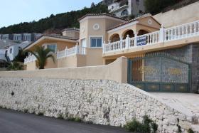 Erstaunliche Luxus Villa mit prächtigem Blick in Benissa in Spanien