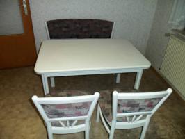 Foto 2 Essecke mit Bank, Tisch und 2 Stühlen