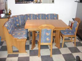 Essecke, Eckbank mit Tisch und 2 Stühlen