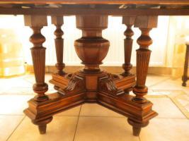 Foto 2 Eßgruppe, ausziehbarer Tisch, Gründerzeit Henry II, Nussbaum m. 12 Stühlen