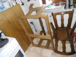 Foto 7 Essgruppentisch mit Stühlen