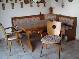 Foto 2 Eßzimmer mit Vitrinenschrank Eiche rustikal massiv
