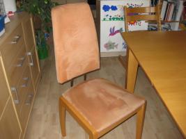 Foto 2 Esszimmergarnitur mit 4 Stühlen / Tisch Buche