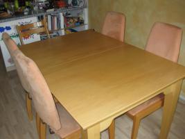 Foto 3 Esszimmergarnitur mit 4 Stühlen / Tisch Buche