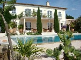 Exclusive living near the City of Cannes/France