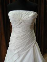 Foto 3 Exklusive Brautkleider - faire Preise - PRONOVIAS-Label White One