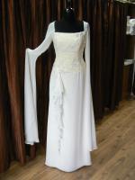 Exklusive Brautmode - professionelle, seriöse  Beratung - attraktive Preise! NEU: Brautkleider des PRONOVIAS-Labels