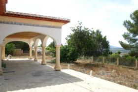 Foto 2 Exklusive Neubau Villa auf einem 2000m² flachen Grundstück in Javea