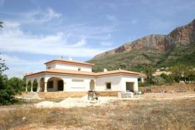 Foto 5 Exklusive Neubau Villa auf einem 2000m² flachen Grundstück in Javea