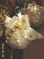 Foto 7 Exklusive Weihnachtsbaumkugeln + Spitze, jede Kugel handgearbeitet