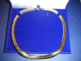 Foto 8 Exquisiter Mode-Schmuck 18 Karat Gold. (Neuware)