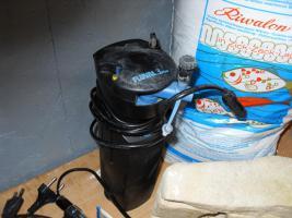 Foto 6 FLUVAL 3 PLUS – Innenfilter mit vielem Zubehör und Deko-Material.