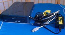 Foto 4 FREECOM Portable II CD-RW und  DVD Externer Brenner