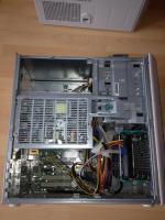 Foto 3 FSC Esprimo P5700 mit 3,2 GHz, 2048 MB, 40 GB, DVD, Windows XP
