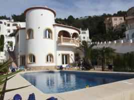 Fabelhafte helle Villa in Benitachell an der Costa Blanca
