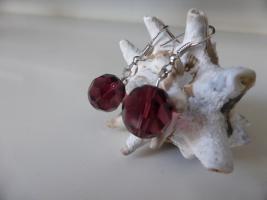 Facettiert Krystall Ohrringe violett -- Sehr hübsch   NEU !!