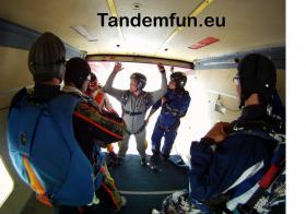 Foto 5 Fallschirmspringen lernen! Ausbildung AFF ''Minikurs'' aus 4300m nähe Regensburg, München, Nürnberg, Passau..