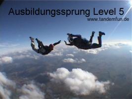 Fallschirmspringen lernen! Ausbildung AFF ''Minikurs'' aus 4300m nähe Regensburg, München, Nürnberg, Passau..
