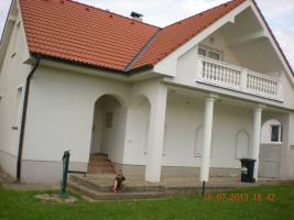 Foto 4 Familienhaus in Landkreis Prag - West