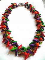 Farbenfröhliche Kette aus Fimo