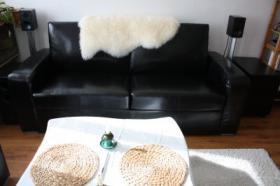 Foto 2 Fast neue Echtledercouch mit Loungesessel abzugeben