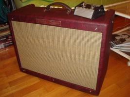 Fender Hot Rod Deluxe Limited Edition Wine Red
