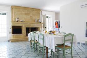 Foto 2 Ferienhaus mit Garten 100 m vom Meer in Torre Suda, Salento (Süd-Italien)