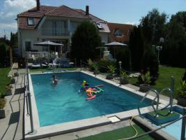 Foto 2 Ferienhaus am Plattensee mit Pool