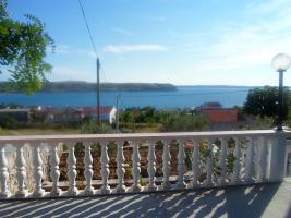 Foto 3 Ferienhaus in Rtina Miocici, 7 Ferienwohnungen, Haustiere erlaubt