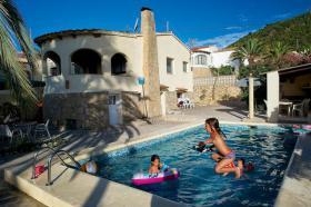 Ferienhaus Spanien, Costa Blanca, 3 Wohneinheiten,12-14 Personen, Pool, Grill Garage, Meersicht