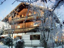 Haus Uderns im Winter