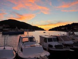 Ferienwohnung bis 3 Personen auf der Insel Korcula in Vela Luka direkt am Meer