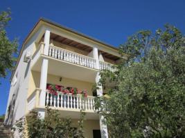 Foto 5 Ferienwohnungen in Rtina Miocici bis zu 4 Personen,2+2, bei der Insel Pag, Damatien